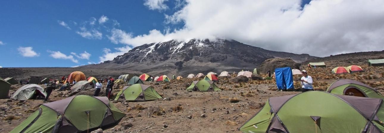 Kilimanjaro-Trekking-aproaching-the-summit
