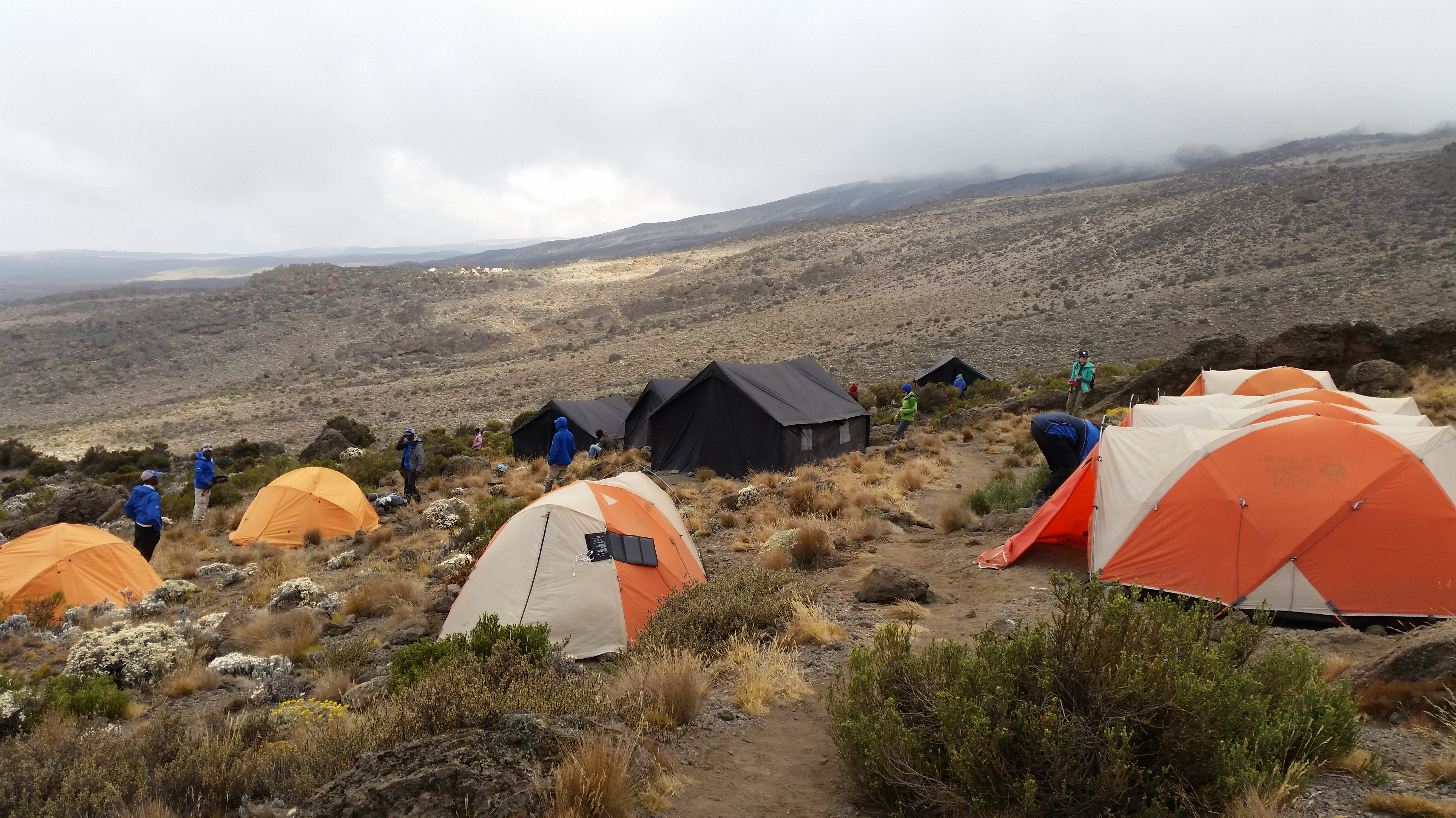 kilimanjaro-buffalo-camp-mess-tent