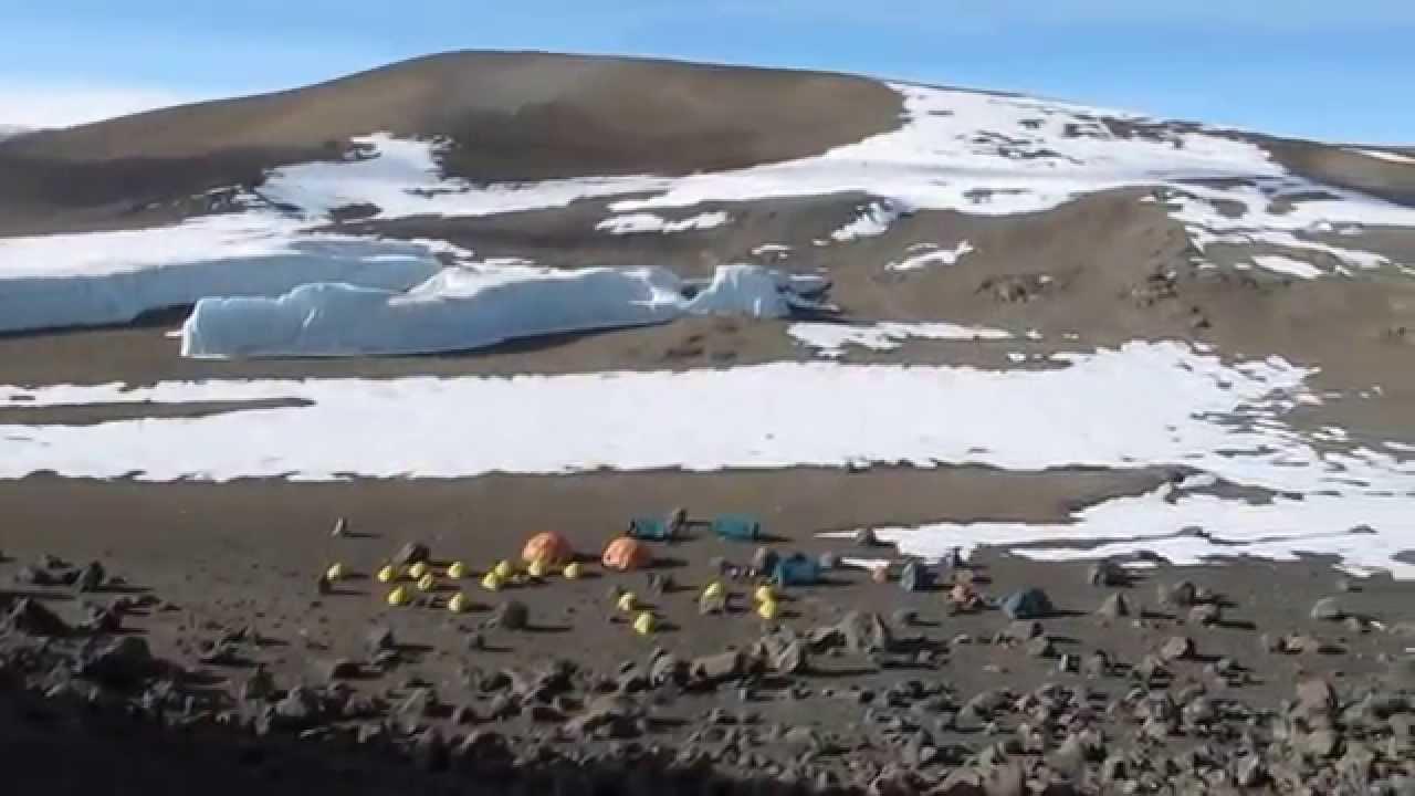 kilimanjaro-crater-flour-camp