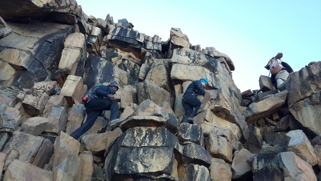 western breach kilimanjaro trekking